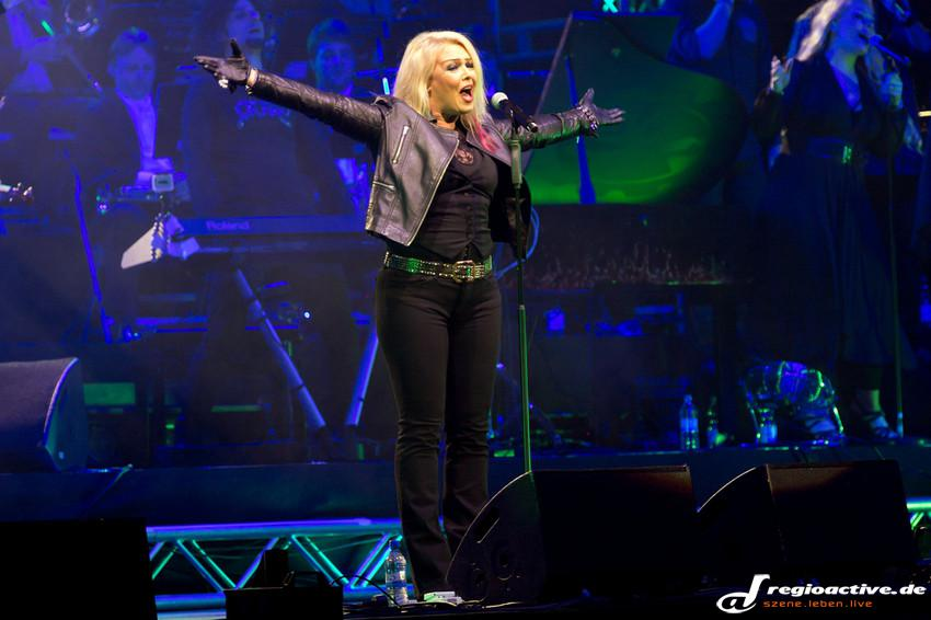 Kim Wilde (live bei Rock Meets Classic in Mannheim, 2014)